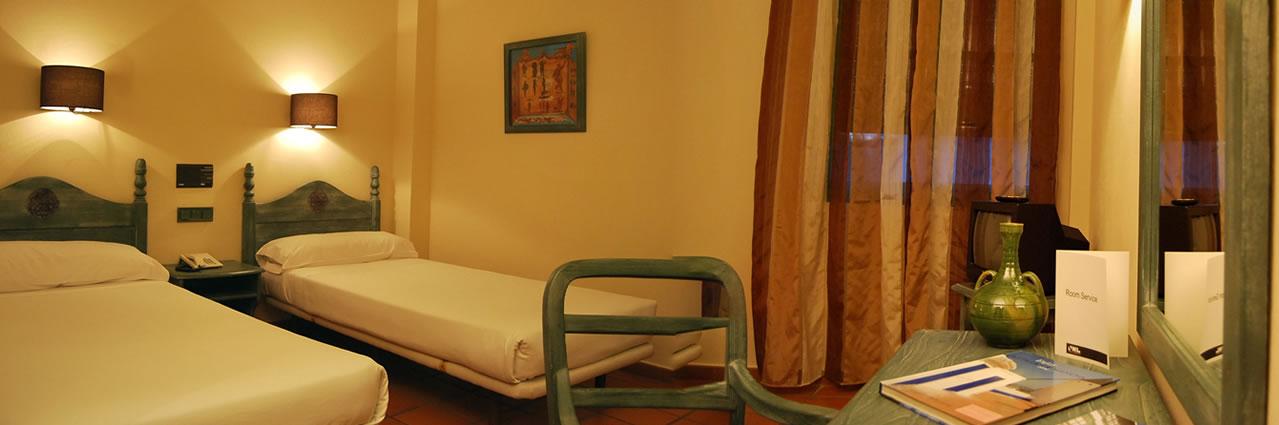 Habitaci n doble est ndar hotel almagro web oficial for Habitacion familiar estandar